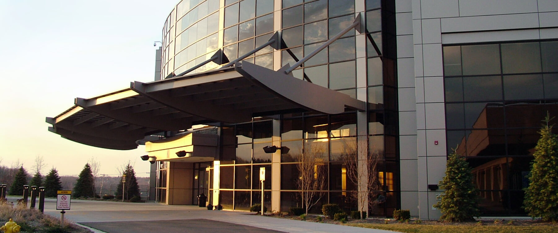 Medical Office Building and Ambulatory Surgical Center Main Entry